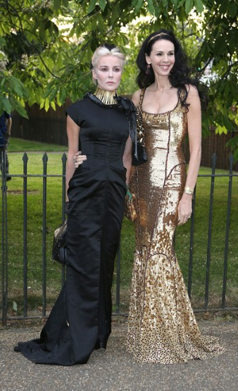 daphne-guinness-with-the-events-host-lwren-scott